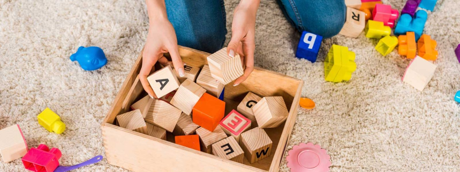 סדנאות - משחקים בקוביות